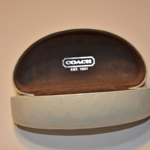 COACH IVORY WHITE CLAMSHELL HARD SUNGLASSES CASE